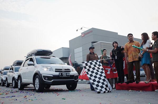 Pelepasan perjalanan para terios di Jakarta
