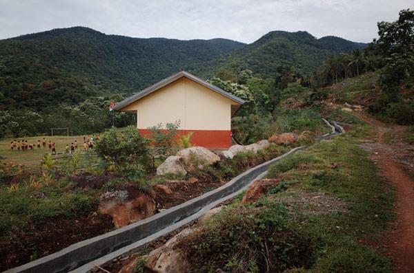 SDK Denge, titik awal pendakian ke waerebo