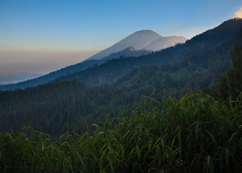 Gunung Semeru dari desa Tengger