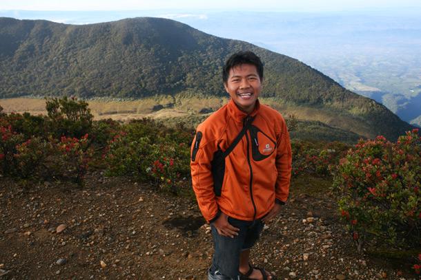 Tips Berpakaian Di Gunung Layering System Wira Nurmansyah