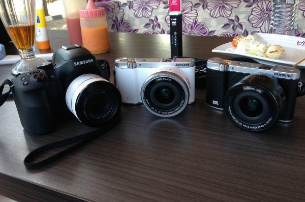 nx30, nx3000 white, nx3000 black.