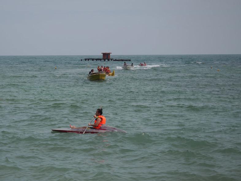 Kayaking atau banana boat?