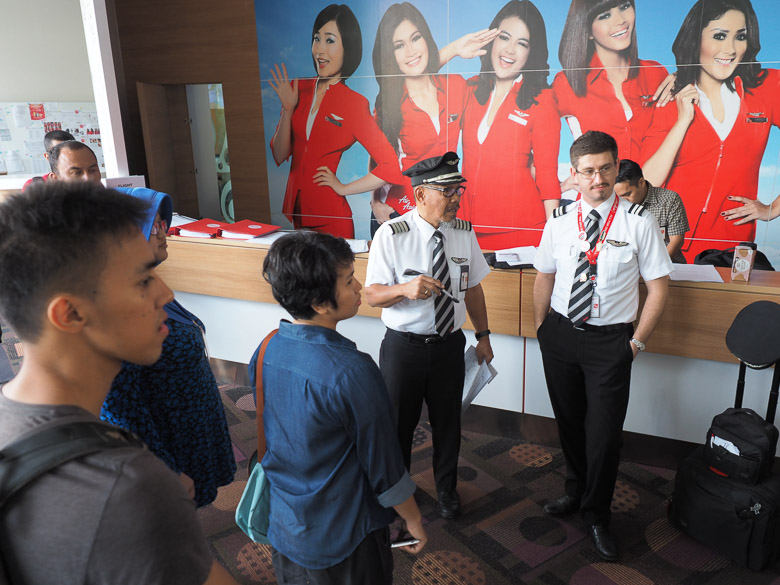 Air asia red house