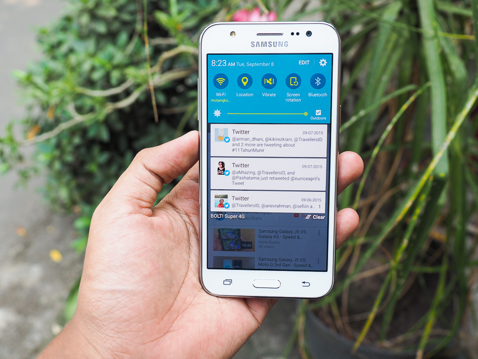 Samsung J5 review Indonesia AMOLED