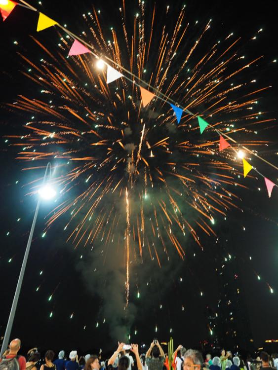 Farawell party ditutup dengan kembang api di Asiatique